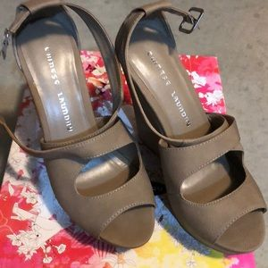Brand New Chinese Laundry wedges